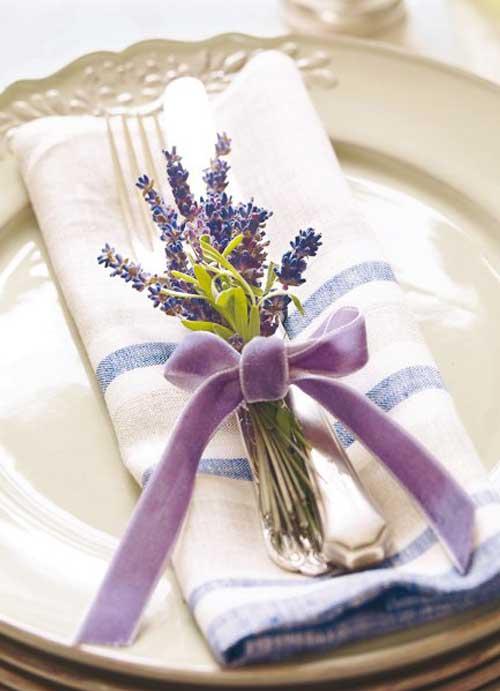 aranjament floral lavanda