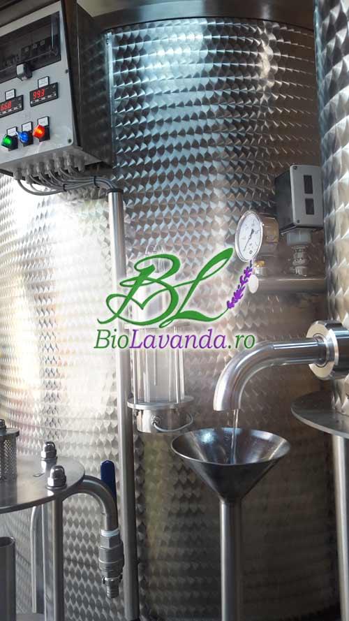 obtinerea uleiului de lavanda prin distilare